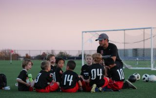 o impacto do treinador no futuro de jovens atletas